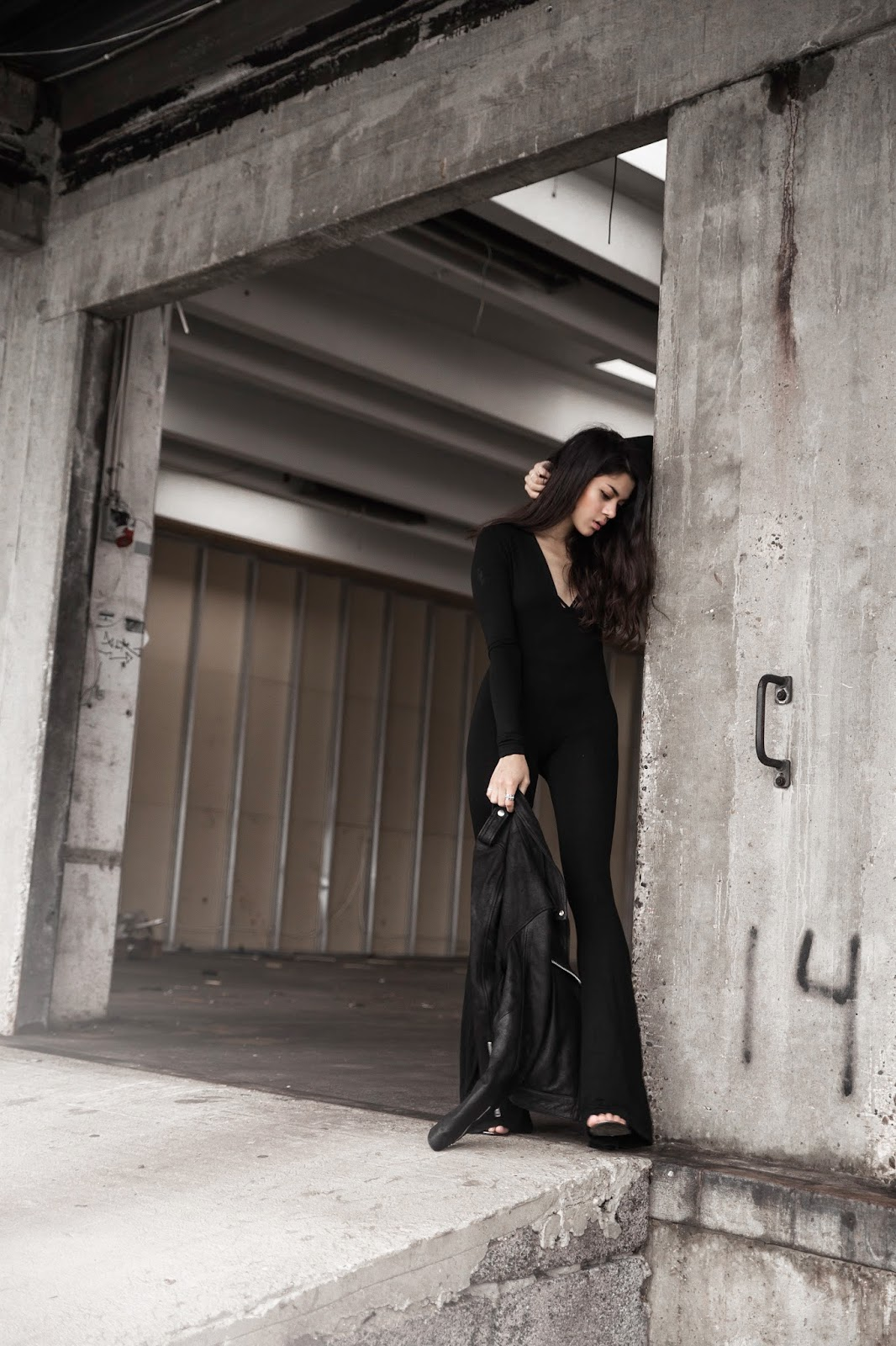 flared jumpsuits, mowoblog, mowo, monja wormser, black jumpsuit